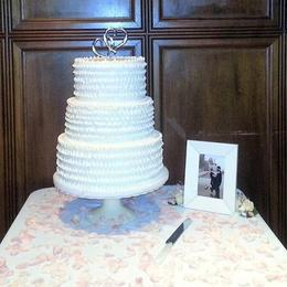 02-wedding-cakes.jpg
