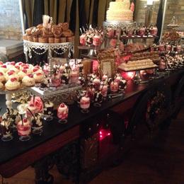 07-wedding-cakes.jpg